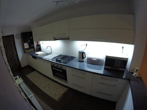 Moderná kuchynská linka - 14